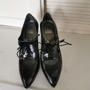 Oxford patent leather pumps